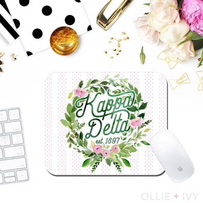 Sarah Turner White's Laurel Wreath | Mouse Pad